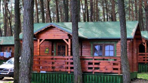 Ośrodek Wypoczynkowy KORMORAN Niesulice. Nowe drewnianedomki nad jeziorem