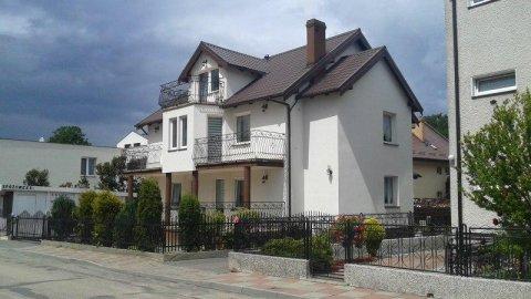 Karolinka - domki i pokoje blisko morza