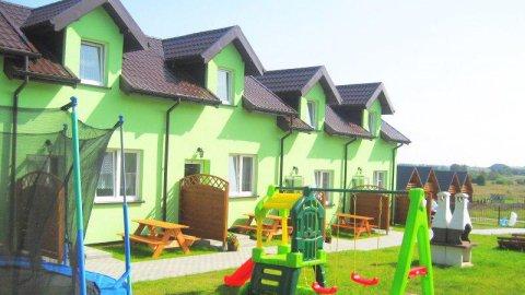 Domki i pokoje u Moniki. Plac zabaw, pełne wyposażenie, doskonała lokalizacja