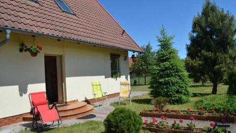 Wrzosowy dom z ogrodem.Idealny dla rodziny nawet 8 osobowej.