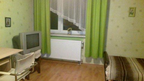 Pokoje 2, 3 - osobowe w domu jednorodzinnym. Ogród, aneks, łazienki
