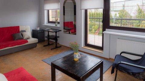 Świeżo malowane pokoje w Redłowie