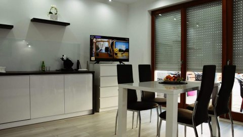 Apartament Black-White