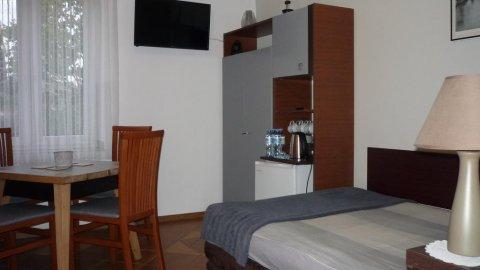 ANDONIS | W pełni wyposażone komfortowe pokoje