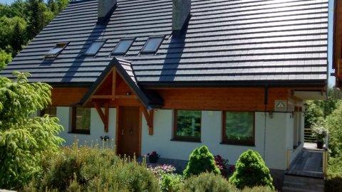 Komfortowy dom wakacyjny dla 8 osób z sauną, kominkiem i widokiem na góry