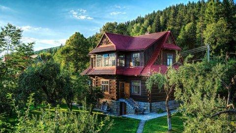 Stylowa Willa z bali drewnianych.Pokoje komfortowe,duży ogród rekreacyjny,góry,r