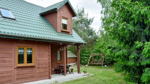 Drewniana Chatka pod brzozami lub Przytulny domek nad jeziorem
