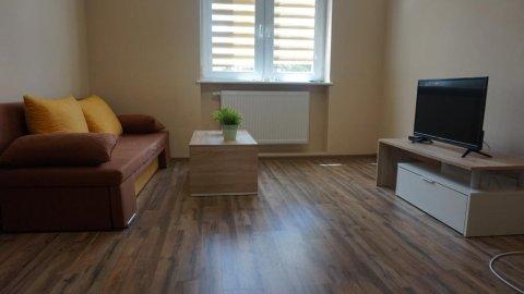 Apartament na lato w doskonalej lokalizacji (dla max. 9 osób)
