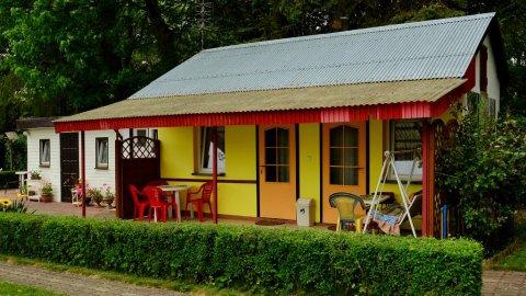 Domki letniskowe U GOSI w spokojnej okolicy