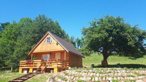 Lawendowy Taras, Drewniany domek na wsi w Górach Kaczawskich, Karkonosze