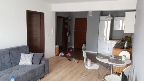 Apartament dla 4 osób | Doskonała lokalizacja - Osiedle Czerwonej Jarzębiny