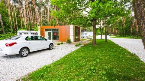 Camp4U | Całoroczny kemping | Spokój i śpiew ptaków 13 km od Wrocławia