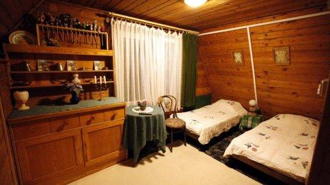 Pokoje EkoPens | cisza i spokój na skraju lasu 20 km od Krakowa