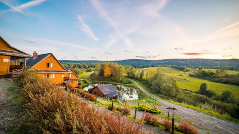 Danfarm - bieszczadzki wypoczynek, basen, narty, sauna, relaks na łonie natury