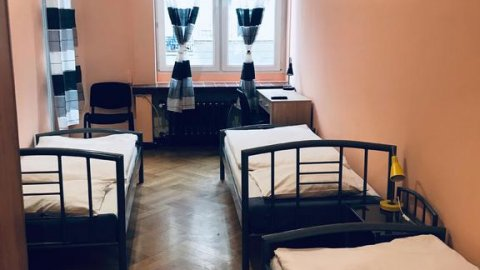 Hostel Poznań. Pokoje 1, 2, 3 i 4 - osobowe w centrum miasta.