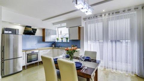 Apartamenty Online. Komfortowy wypoczynek 300m od pięknej, szerokiej plaży