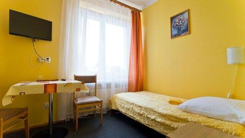 Hotel Eden noclegi i wyżywienie. Pokoje 1, 2 i 3-osobowe z łazienkami