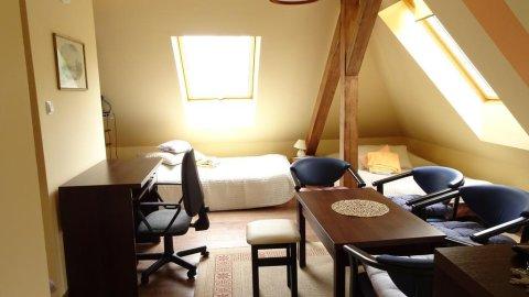 Apartament Poddasze. Komfortowy wypoczynek 200 metrów od plaży