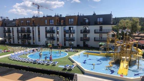 Apartament w Bel Mare z basen i blisko morza