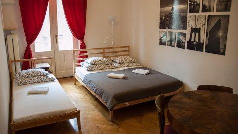Trzy Kafki | Pokoje Gościnne w centrum | 400m do Rynku Głównego, blisko Wawelu