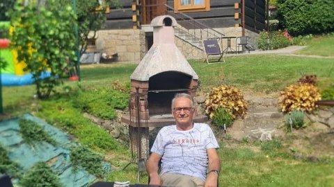 Willa Świt. Pokoje w stylowym domu z drewnianych bali. Ogród, sauna.