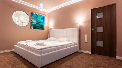 Royal De Luxe Apartment 80m2 + jacuzzi