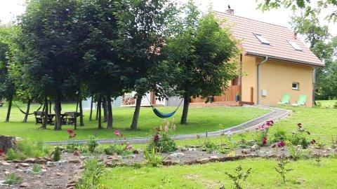 Gajówka. Domek całoroczny u podnóża Gór Stołowych. Z dala od zgiełku
