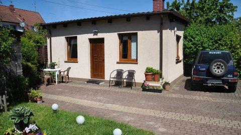 Przytulny domek z ogródkiem