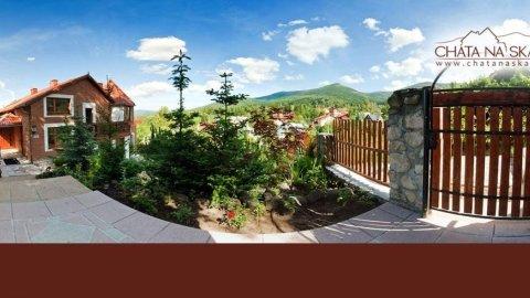 Chata na Skale w centrum Karpacza z widokiem na góry