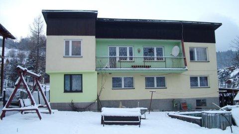 Pokoje gościnne Szarzec. W pobliżu szlaki turystyczne, wyciąg krzesełkowy, basen